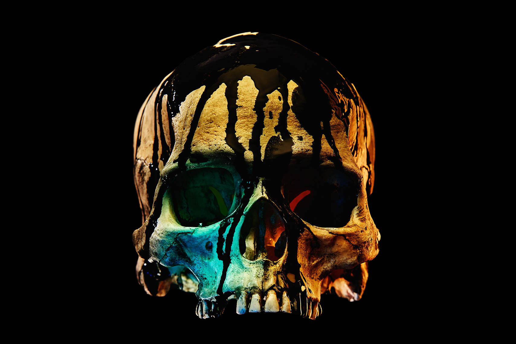 skull_on_black-websized